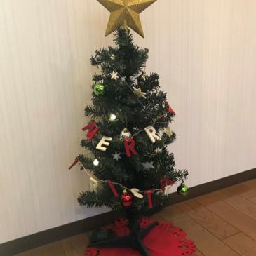 クリスマスツリー出しました!!